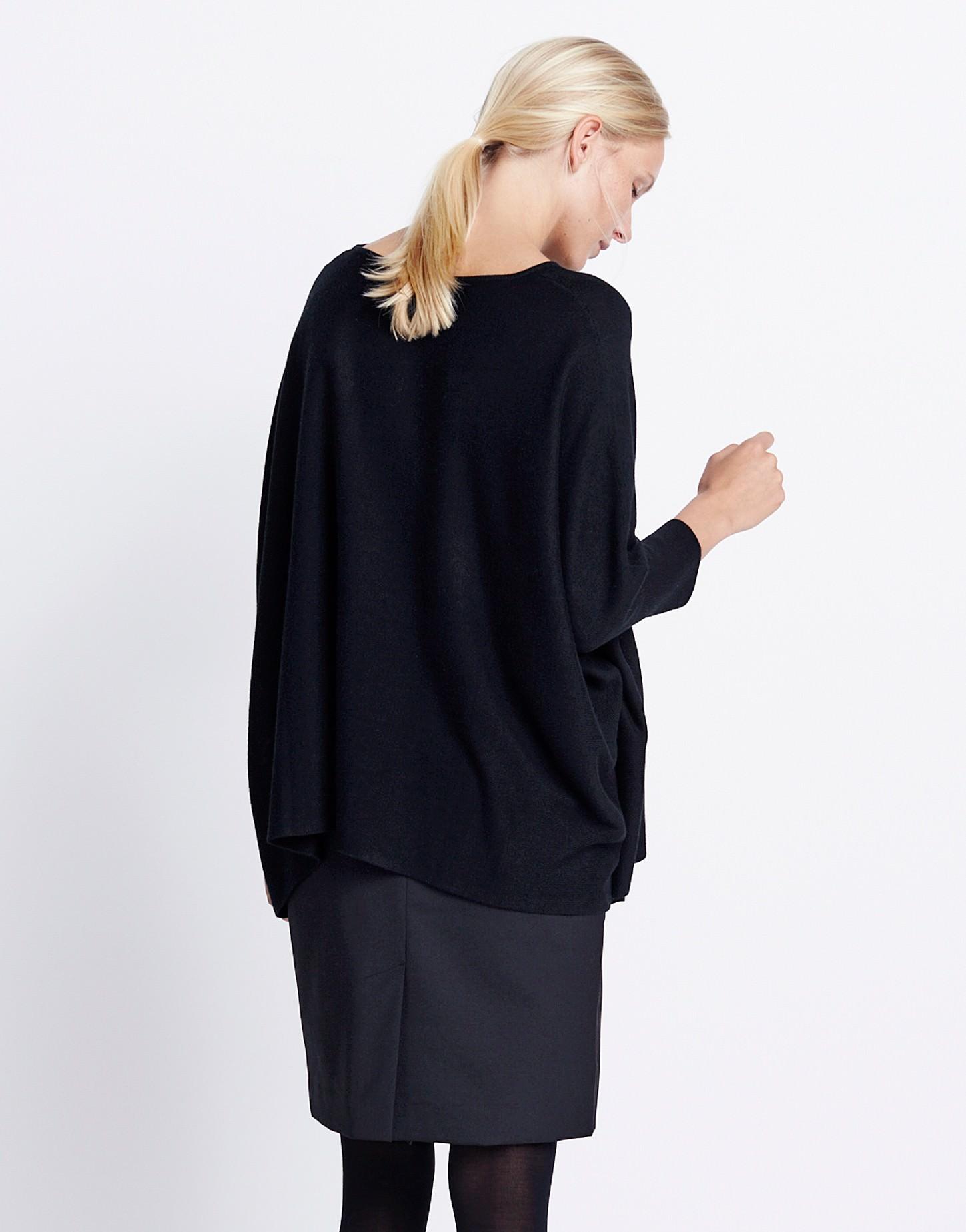 oversize pullover tjelva schwarz online bestellen someday online shop. Black Bedroom Furniture Sets. Home Design Ideas